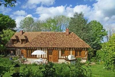 Maison traditionnelle avec jardin à Dampsmesnil, 15km de Giverny.