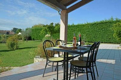 Villa confortable avec piscine à Saint-Victor-de-Malcap