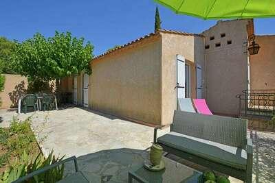 Belle maison de vacances avec air et piscine privée près d'Uzès