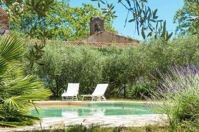 Belle maison de vacances à Murviel-lès-Béziers avec piscine