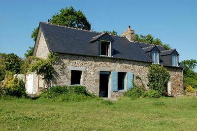Belle propriété proche de la Bretagne avec jardin clôturé