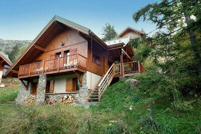 Joli chalet près du domaine skiable d'Oz, en Rhône-Alpes