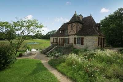 Maison de vacances cosy avec jardin à Padirac, en France