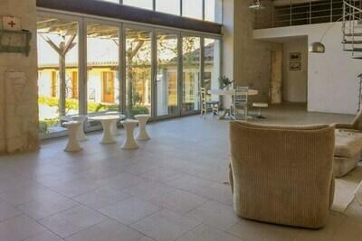 Chalet confortable avec piscine privée à Penne-d'Agenais