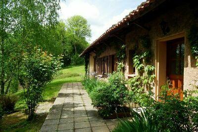 Maison individuelle avec terrasse dans le sud de la Dordogne