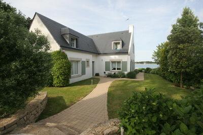 Belle maison de vacances à La Trinite-sur-Mer avec jardin