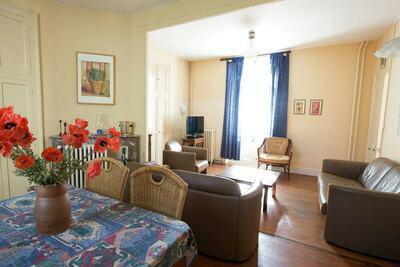 Maison unique, adaptée aux enfants, à Saint-Honoré-les-Bains