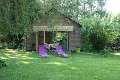 Chalet cozy au Ponchel avec étang, près de la Baie de Somme
