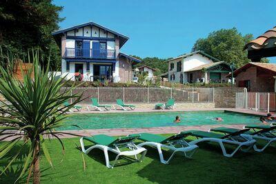 Belle villa de style basque à seulement 3 km de la mer.