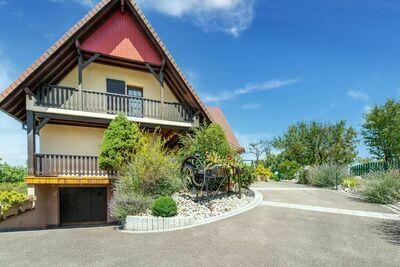Résidence de vacances confortable à Ruederbach avec terrasse