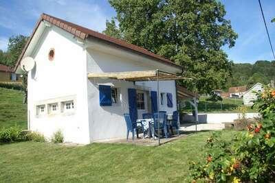 Belle maison de vacances à Haut-du-Them avec terrasse