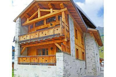 Chalet en bois à Champagny-en-Vanoise, domaine ski Paradiski