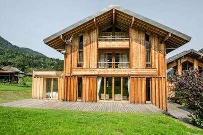 Chalet confortable avec terrasse en Rhône Alpes