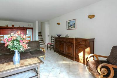Maison provençale à Bormes-les-Mimosas avec piscine
