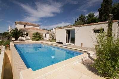 Villa élégante à Draguignan avec piscine