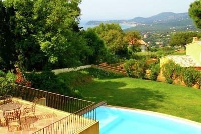 Maison de vacances avec piscine privée à La Croix-Valmer