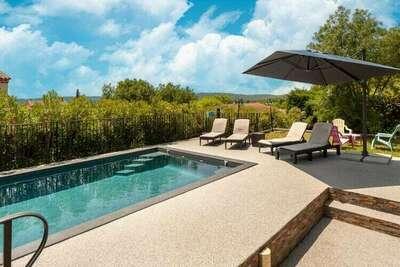 Villa de luxe avec piscine chauffée à Callian