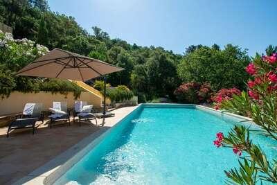 Villa française dans la campagne du Muy avec piscine privée