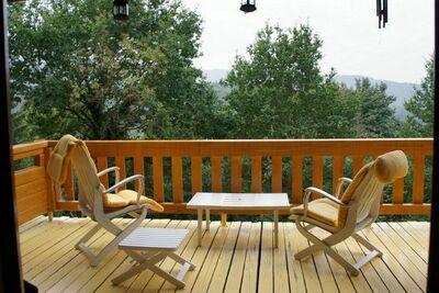 Chalet traditionnel à Sapois, dans les Vosges, avec balcon