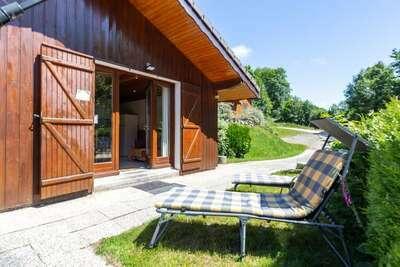 Chalet indépendant avec terrasse près de la forêt vosgienne