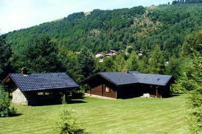 Chalet au calme en Bresse avec jardin
