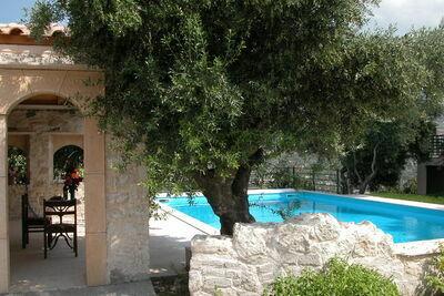 Villa tranquille à Malades avec piscine privée et jardin