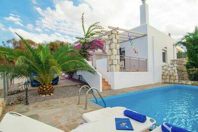 Villa spacieuse à Pigianos Kampos avec piscine