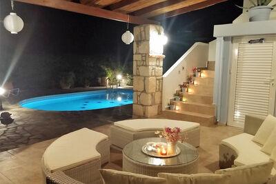 Villa magnifique près de la mer à Loutra