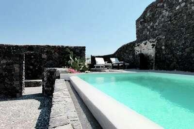 Villa de luxe à Megalochori à Santorin avec piscine