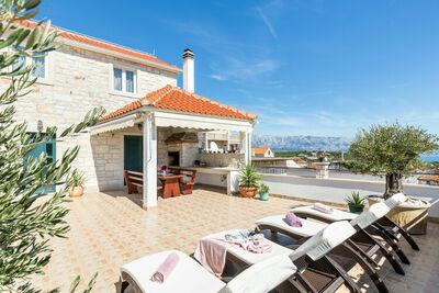 Villa de luxe à Selca avec piscine