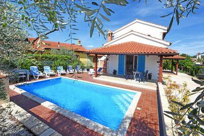 Maison de vacances de luxe à Višnjan en Croatie avec piscine