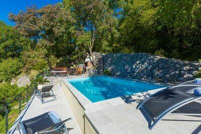 Maison de vacances à Grižane avec piscine