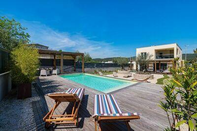 Villa paisible à Bibinje avec piscine privée