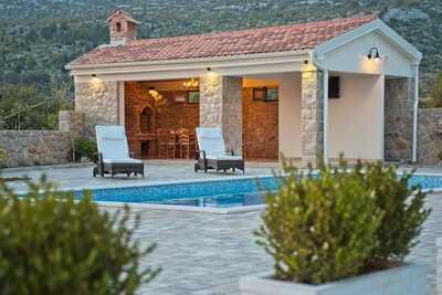 Belle villa à Seline avec sauna