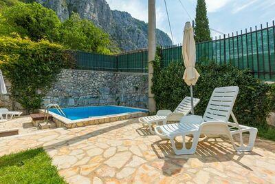 Maison de vacances cosy avec piscine à Grizane-Crikvenica