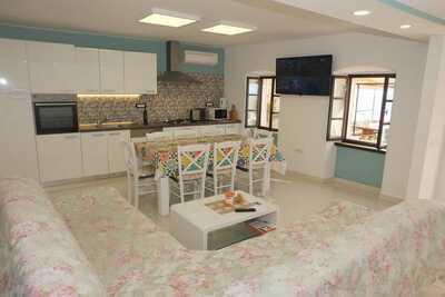 Maison de vacances spacieuse à Crikvenica avec jardin