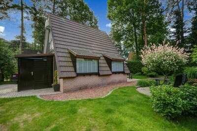 Maison de vacances confortable à Lanaken avec terrasse privée