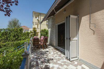 Maison de vacances de charme avec jardin à Turanj