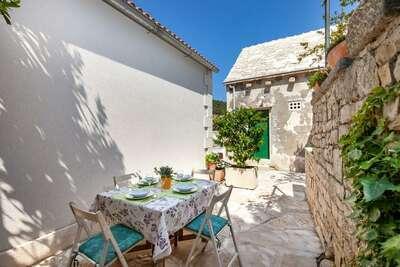 Belle maison de vacances bord de plage en Dalmatie