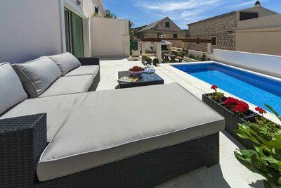 Irrésistible villa avec piscine à Povlja