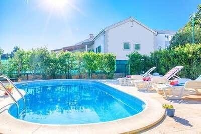 Villa de charme avec piscine privée sur l'île de Hvar