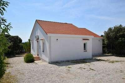 Maison non indépendante avec terrasse et jardin privés