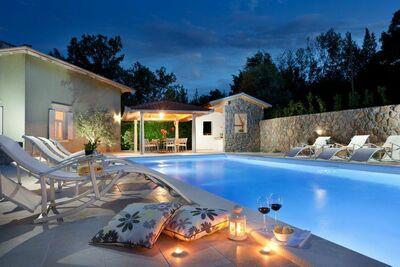 Villa paisible avec piscine à Lovran