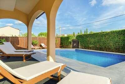 Confortable résidence à Rovinj avec piscine privée