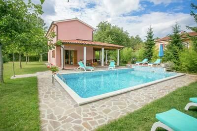 Villa moderne avec piscine à Žminj, Croatie