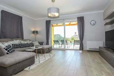 Charmante villa à Porec avec piscine
