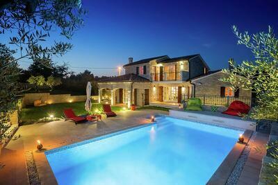 Magnifique villa à Baderna avec piscine privée
