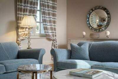Grande villa avec piscine à Vabriga
