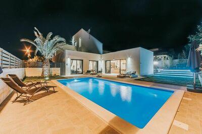 Villa exclusive à Novigrad en Istrie avec piscine
