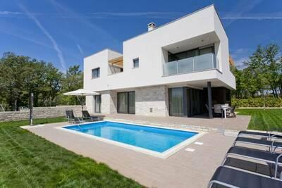 Luxueuse Villa Novigrad avec piscine